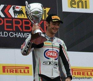 Biaggi, le championnat et le mental dans 4-Pilotage guintoli_superbike_magny_cours_france_2012-300x260